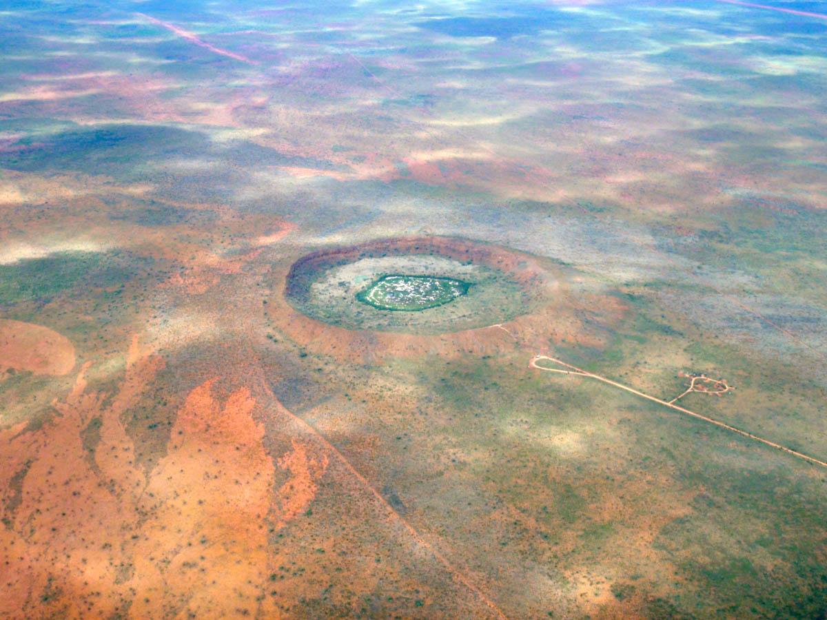 кратер Вулф-Крик с высоты