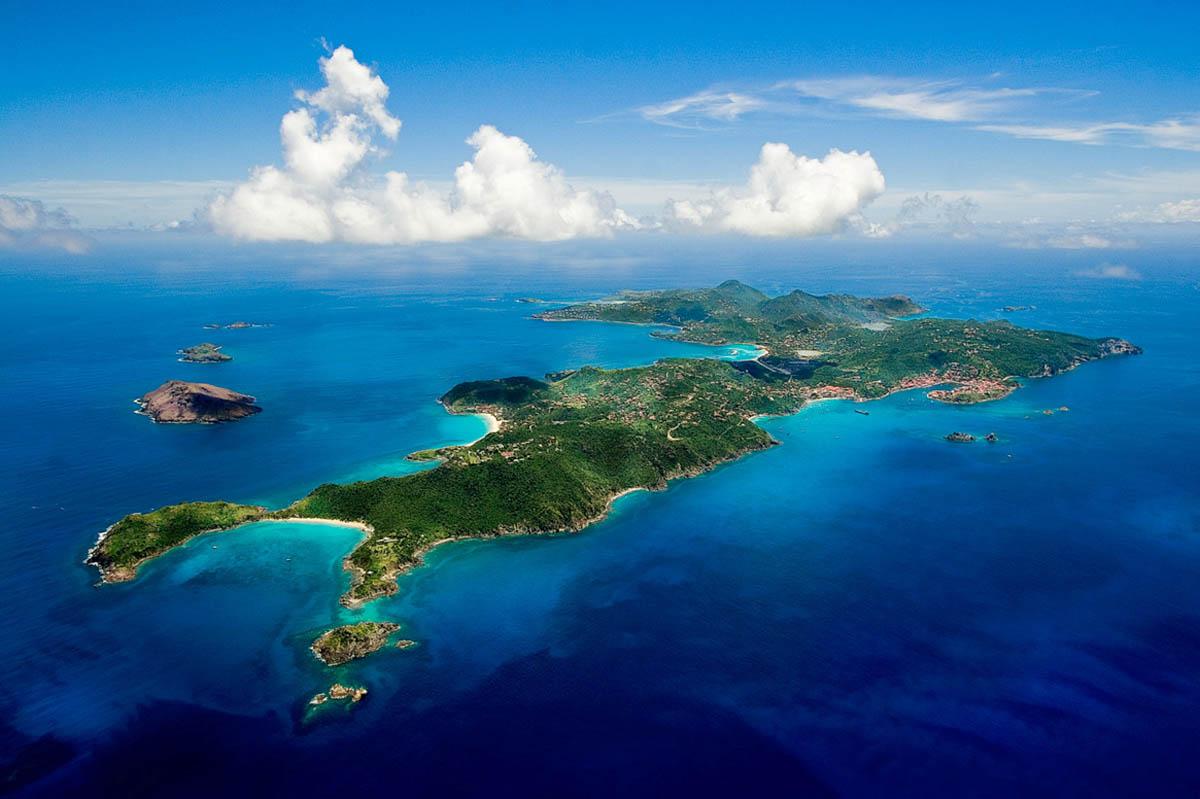 остров Сант-Бартельми, Карибы