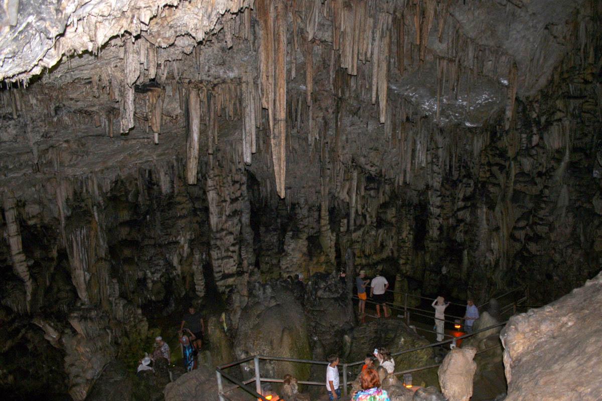 пещера Дикти, Греция