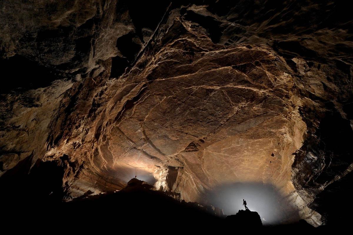 пещера Эр Ван Донг, Чунцин, Китай