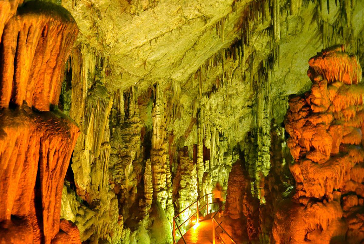 пещера Зевса, Греция
