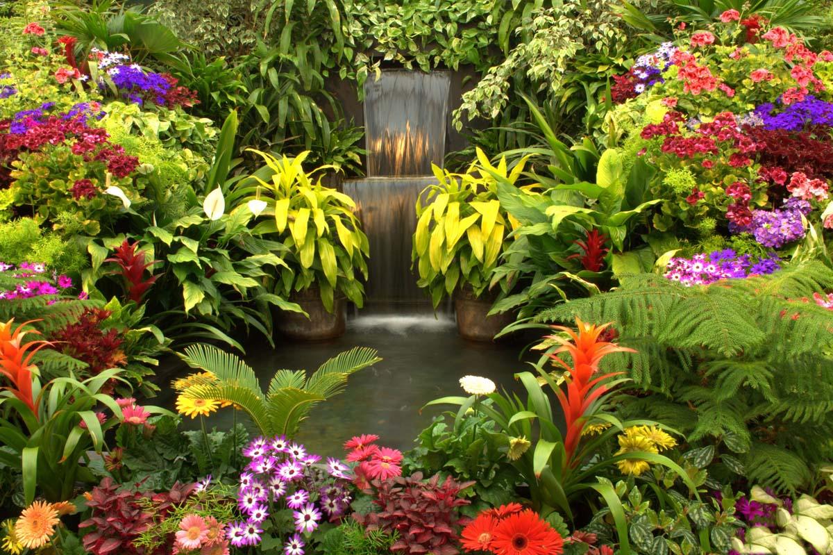 водопад в саду Бутчартов