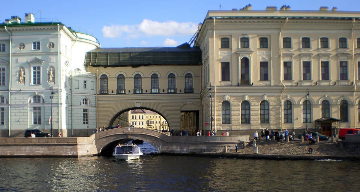 Эрмитажный мост и Зимняя канавка, Санкт-Петербург