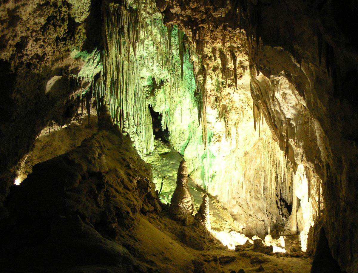 Карлсбадские пещеры, США