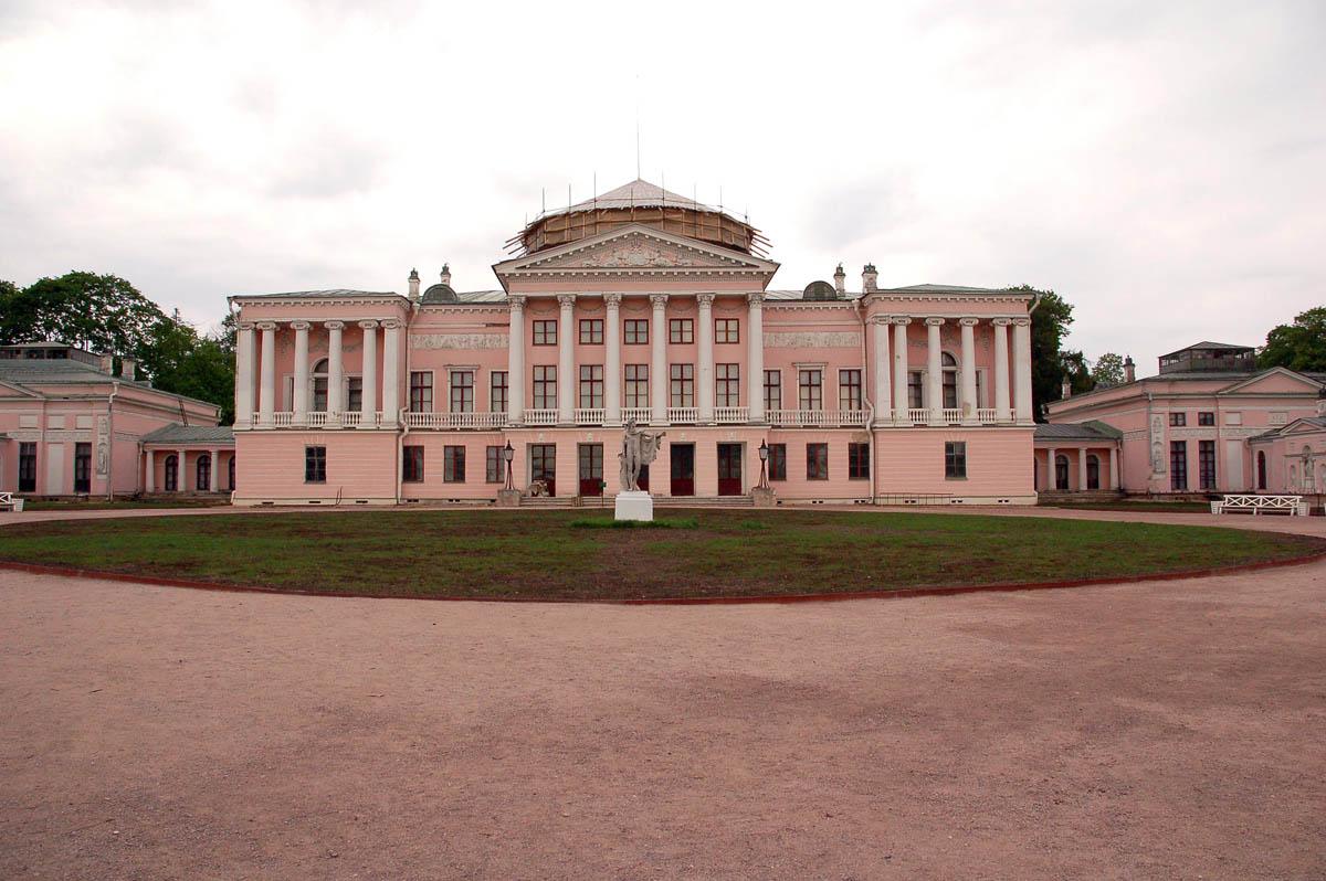 Шереметьевский дворец в Останкино
