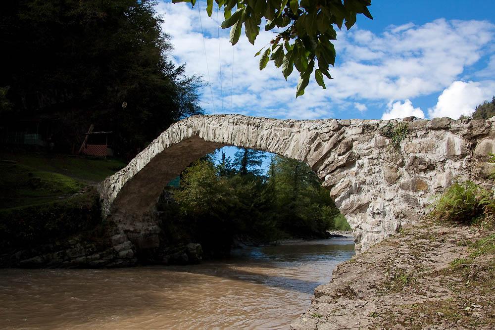 арочные каменные мосты, Батуми, Грузия