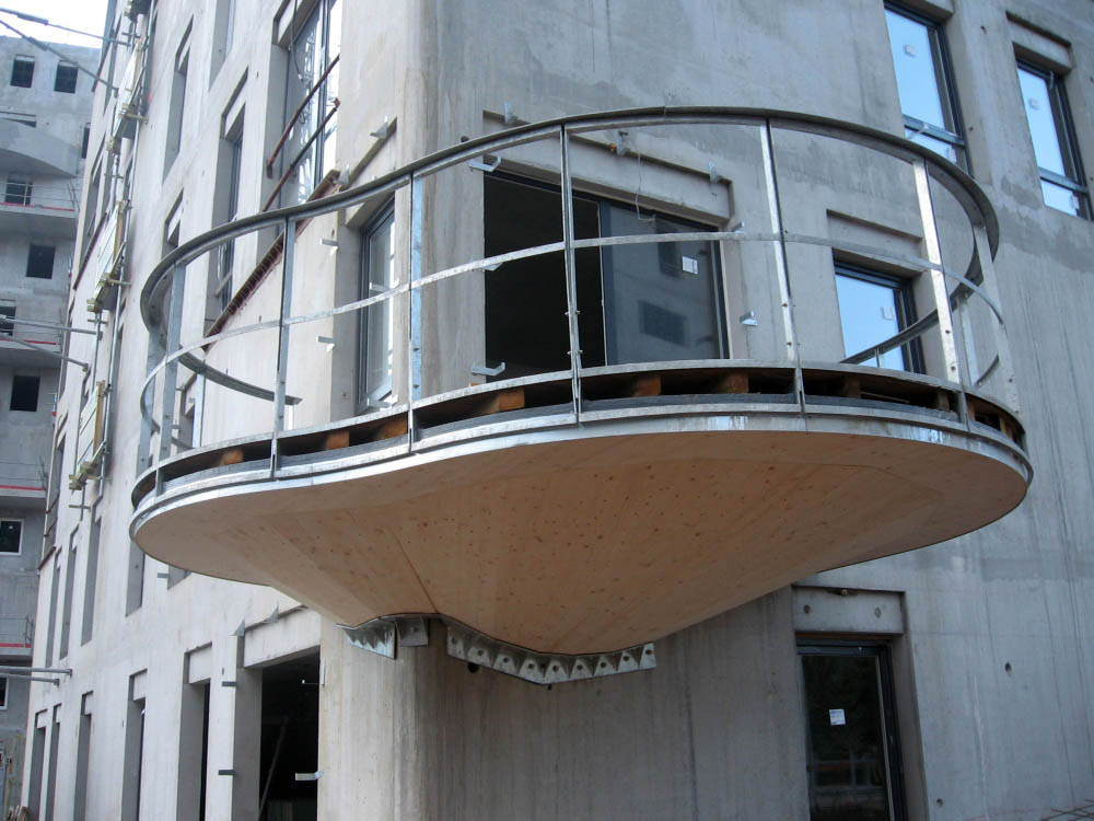 балкон дома Quai de la Graille, Франция