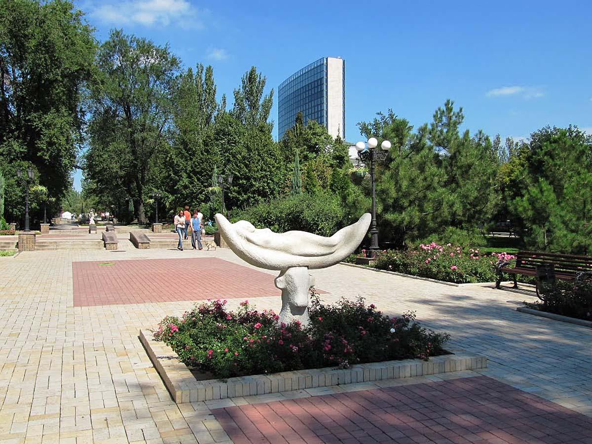 бульвар Пушкина, Донецк, Украина