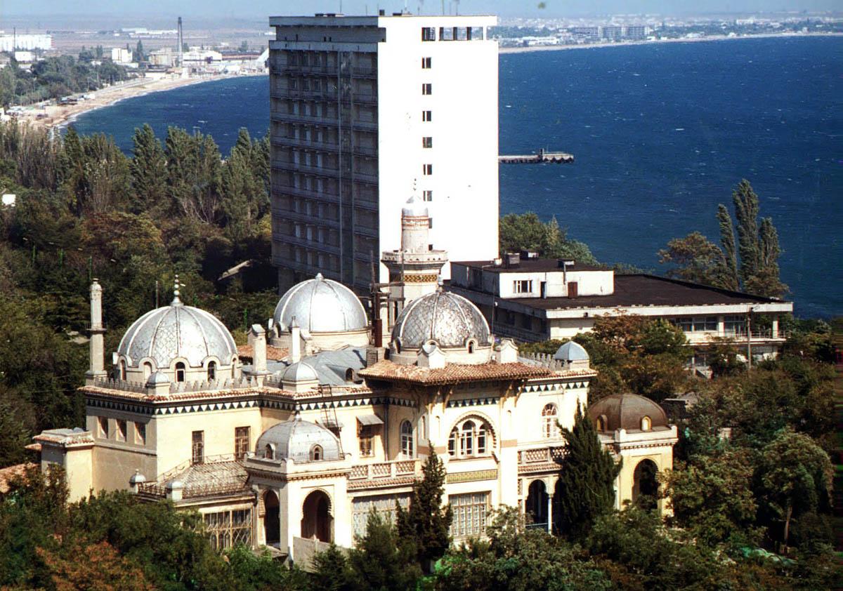дача-дворец Стамболи в Феодосии