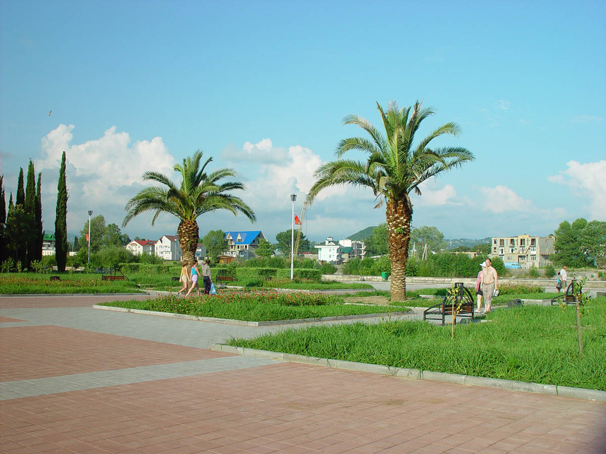 парки и скверы Адлера