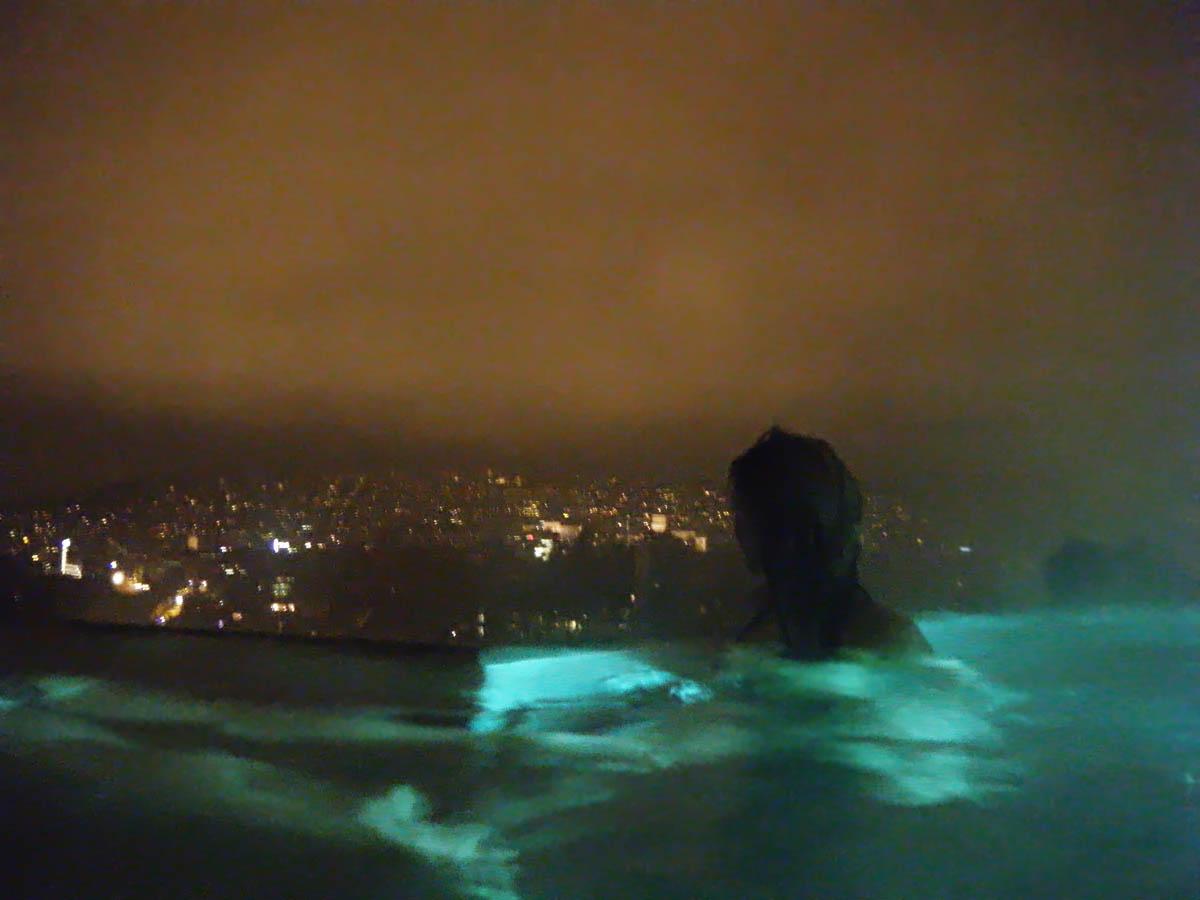 вид на Цюрих с крыши Thermalbad & Spa Z?rich
