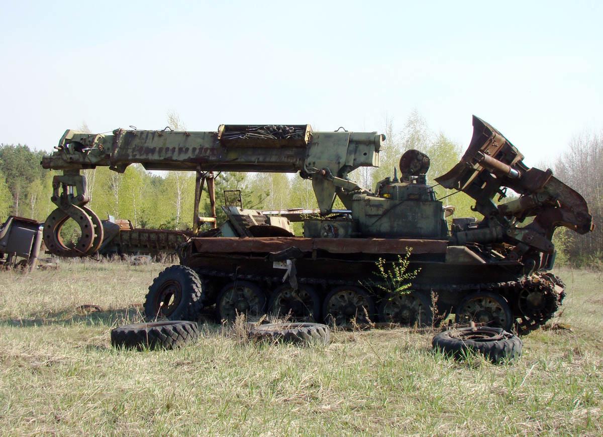 военная спецмашина ИМР-2 в Рассохе