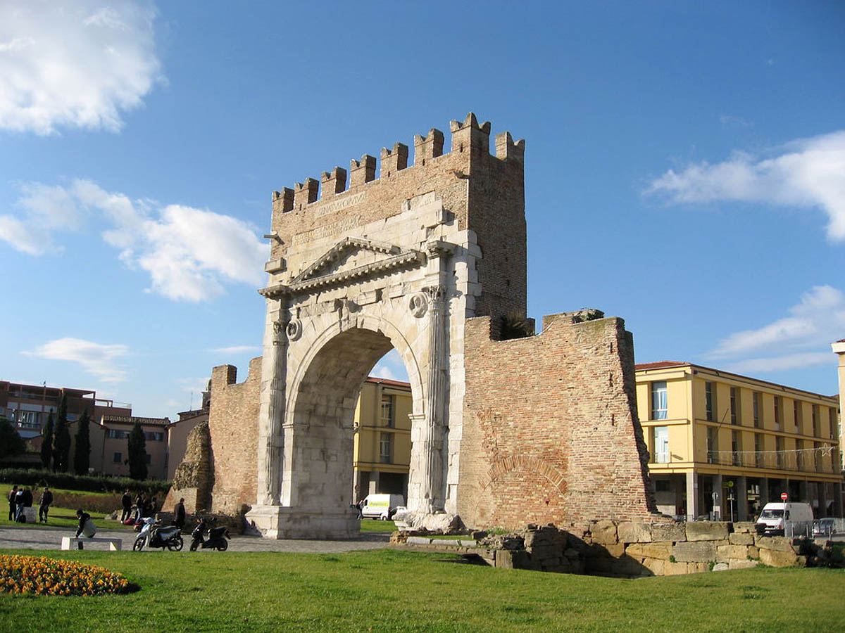 Arco d`Augusto, Rimini