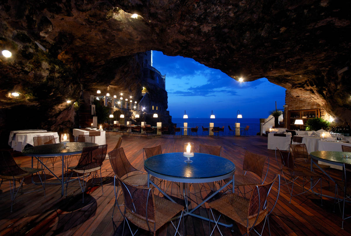 Hotel-Restaurante Grotta Palazzese, Italy