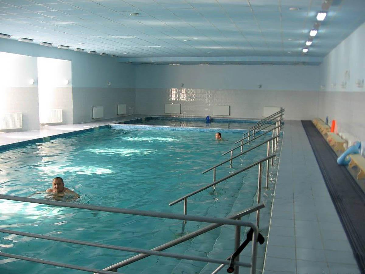 бассейн с минеральной водой в Теплице