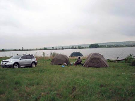 лагерь рыболова