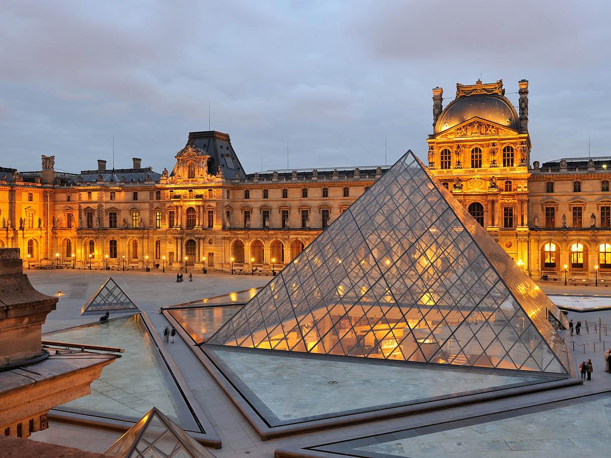 музей Лувр, Париж, Франция