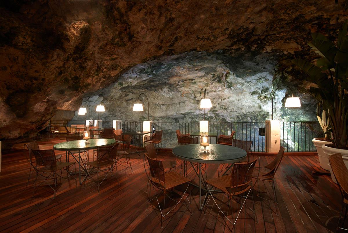 отель-ресторан Грот Палаззес