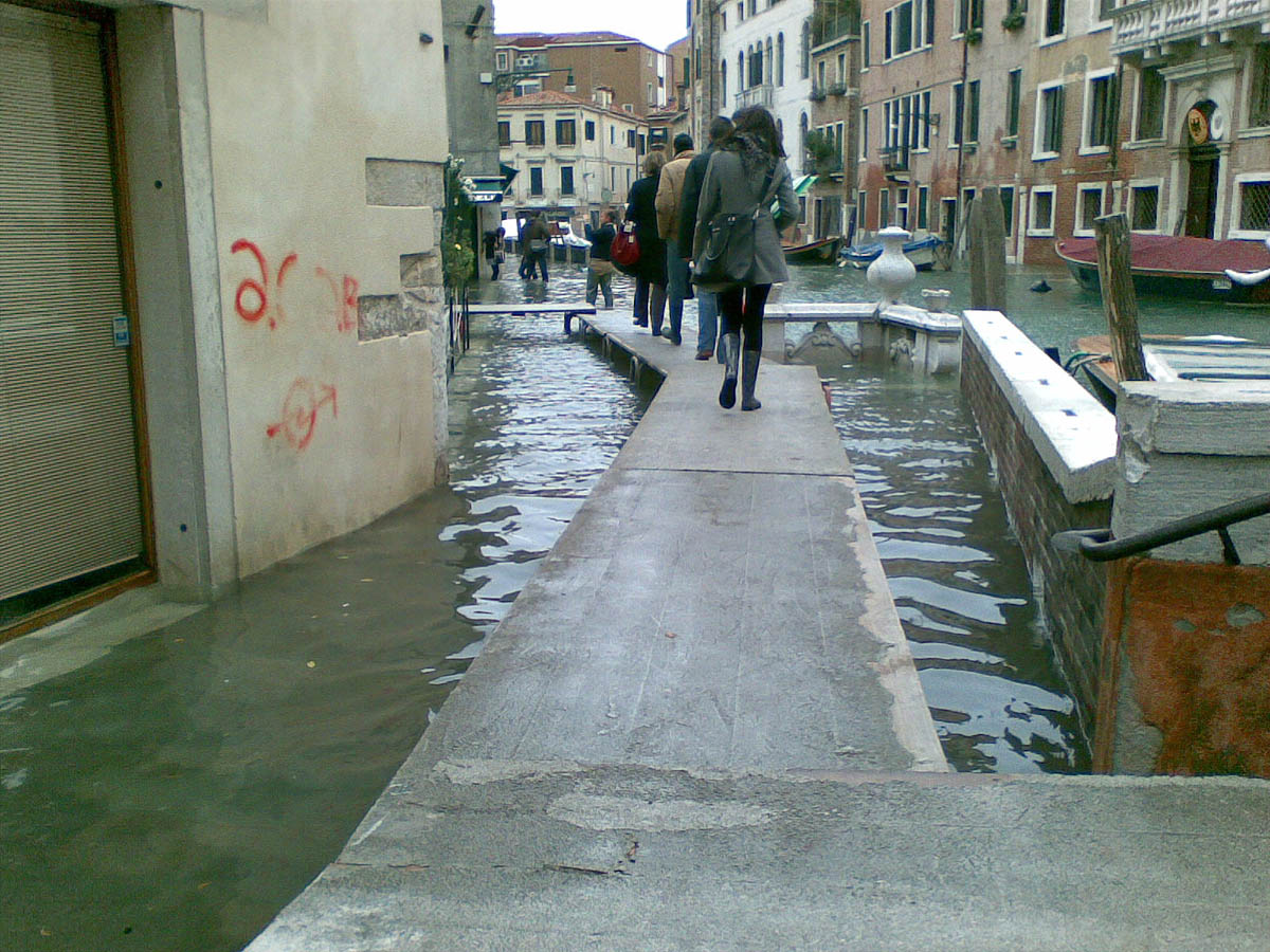прилив в Венеции