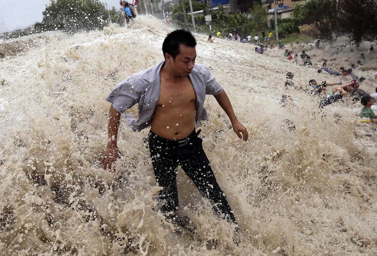 приливная волна, река Цяньтан, Китай
