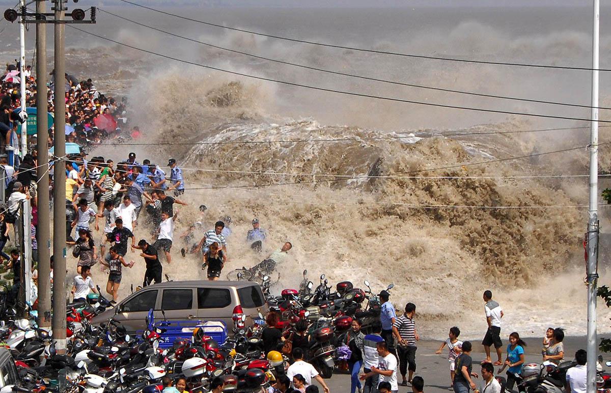приливная волна реки Цяньтан, Китай
