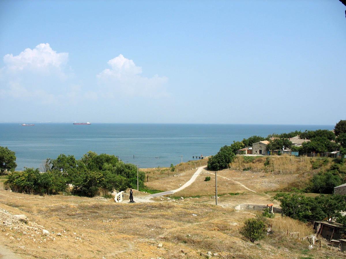 Феодосийский залив в Крыму – место, где затонул военный теплоход