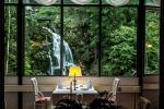 вид из окна ресторана гранд-отеля Гиссбах