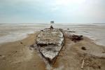затонувшее судно на дне озера Урмия