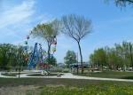 детская площадка в парке Дубки