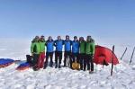 Команда 67°N пересекла Гренландию на лыжах и кайтах в рекордно короткие сроки