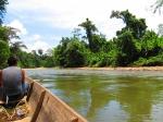 лодка на реке Тембуронг