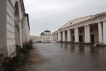 торговый центр и вид на дом Алянчиковых