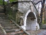 грот в Высоком замке