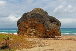 камень на песке пляжа Кэттлвош