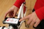 велосипед Copenhagen Wheel с Айфоном