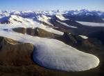 ледник в горах нацпарка Куттинирпаак
