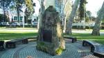 памятник Бестужеву в парке