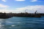 вид на гавань из Верхних садов Баракка