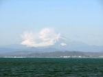 вид с острова Эносима на гору Фудзи
