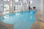 крытый бассейн отеля Hacienda Na Xamena, Ибица