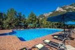бассейн отеля Поляна сказок