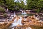 каскад водопадов на реке Жане