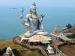 статуя Шивы в Индии