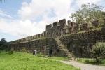 Покрытая мифами многовековая грузинская Гонио-Апсаросская крепость