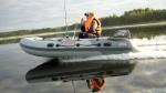 Моторные лодки ПВХ: преимущества и недостатки бензо- и электромоторов